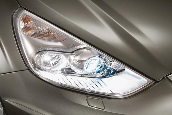 новый вариант ксеноновых ламп - биксенон