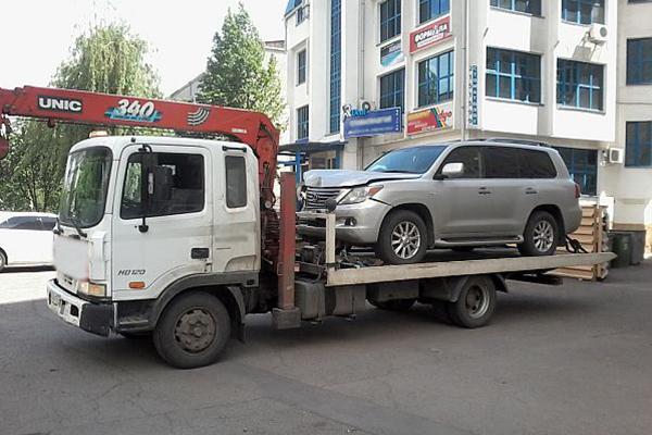 Эвакуация автомобилей легковых от ООО «Дилижанс».